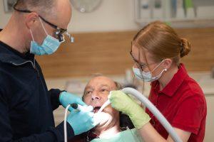 Allgemeine Zahnheilkunde - Füllungstherapie und Zahnreparaturen