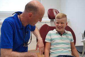 Allgemeine Zahnheilkunde - Behandlung und Prophylaxe bei Kindern